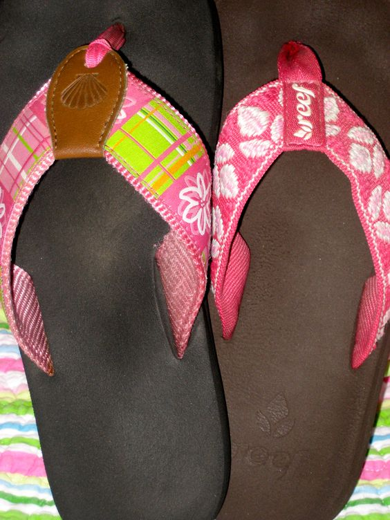 Pink flip-flops - one of life's most divine and beautiful pleasures.