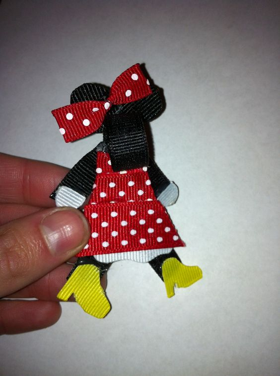 Minnie mouse hair clippie. www.etsy.com/shop/familyon