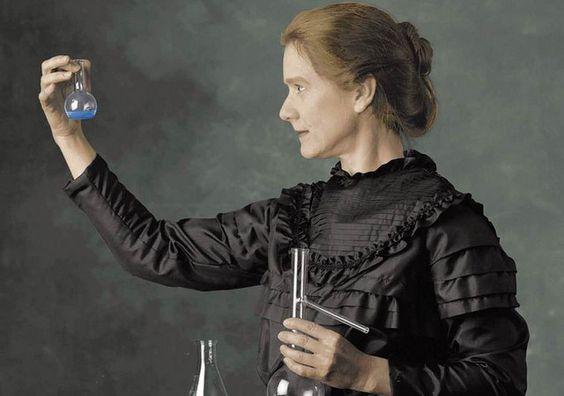 Sempre houve mulheres que desafiaram os cânones sociais e foram pioneiras em muitos campos antes reservados aos homens. vamos conhecer 5 destas pioneiras da ciência.