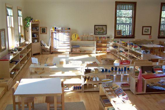 Unconventional Classroom Design ~ Comparison of reggio emilia waldorf steiner and