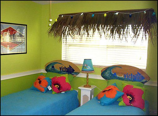 Beach shack style bedrooms tropical hawaiian beach theme for Hawaiian themed bedroom designs