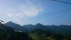 今朝の間の谷山今日も暑くなりそうですね(>_<)暑さに負けず頑張りましょう  #熊本県#山都町#島木 tags[熊本県]