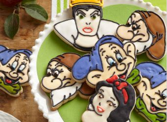 What We're Obsessed With This Week - Snow White Cookie Cutters from Williams-Sonoma