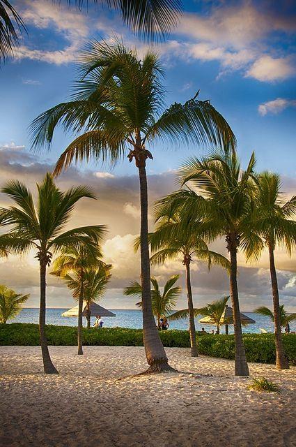 Turks & Caicos by mry3