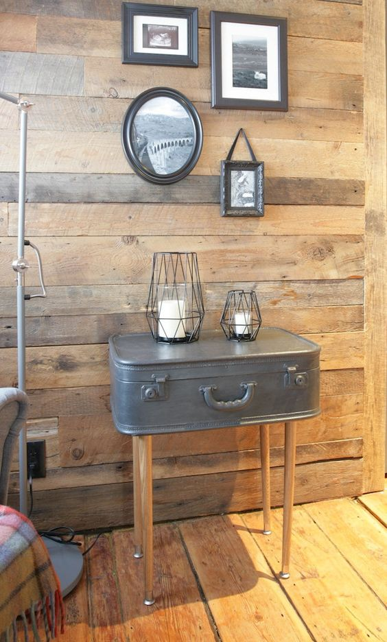table d'appoint vieille valise repeinte