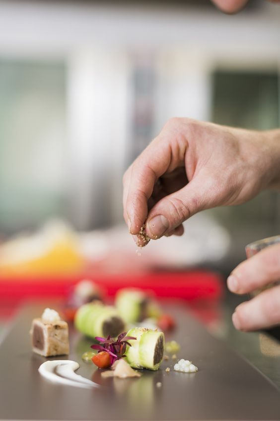 Die Liebe zum Detail, die man schmeckt! http://blog.eventsofa.de/top-10-catering-service-anbieter-in-deutschland/ Foto by Hotel Michaelis  #Catering #Leizpig #Hochzeit #Event #Gourmetküche