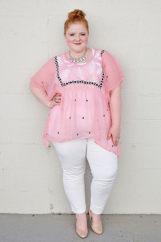 39 Plus Size Outfits For Moms