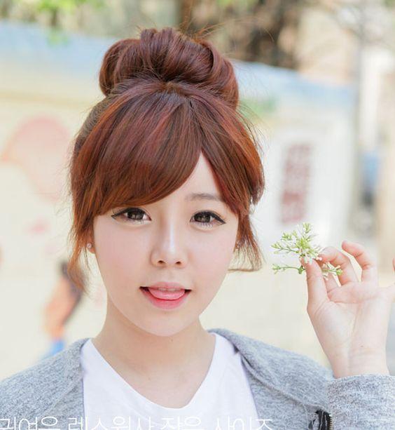 Hướng dẫn 4 cách buộc tóc dài dễ thương kiểu Hàn Quốc