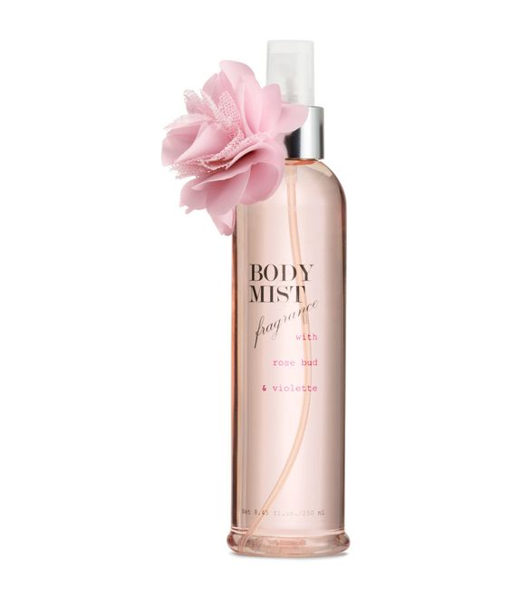 Rose & violet fragrant body mist, with a decorative flower to sweeten the display. | H&M Pastels