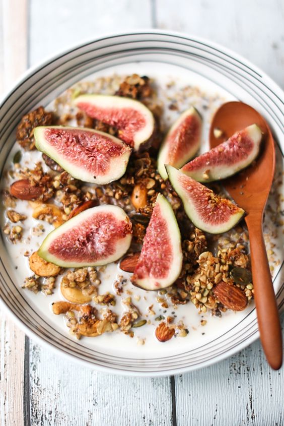 Ginger-Vanilla Granola with Chia, Buckwheat, Pepitas and Oats ...