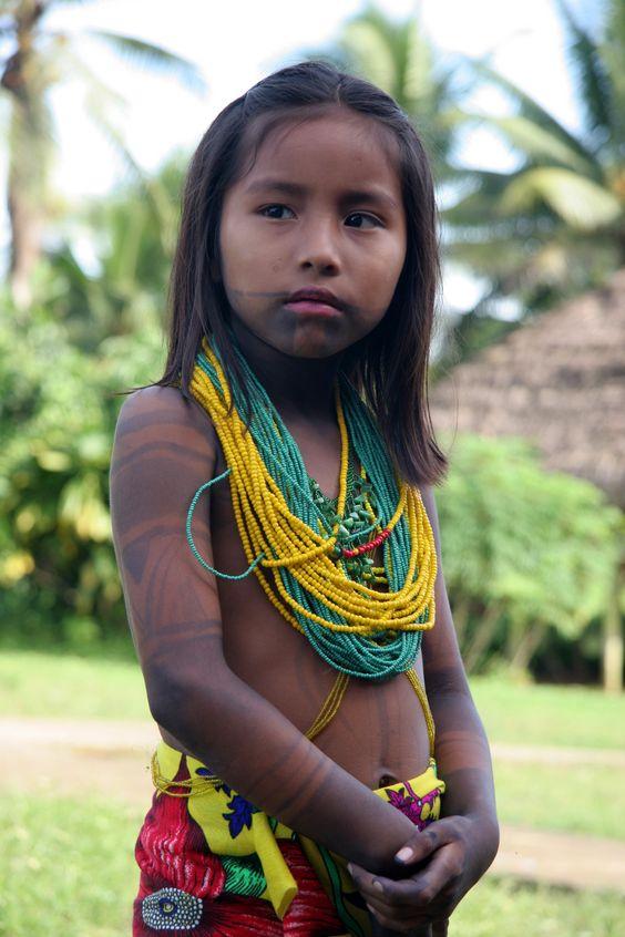 Panamà: Tribu Embera.