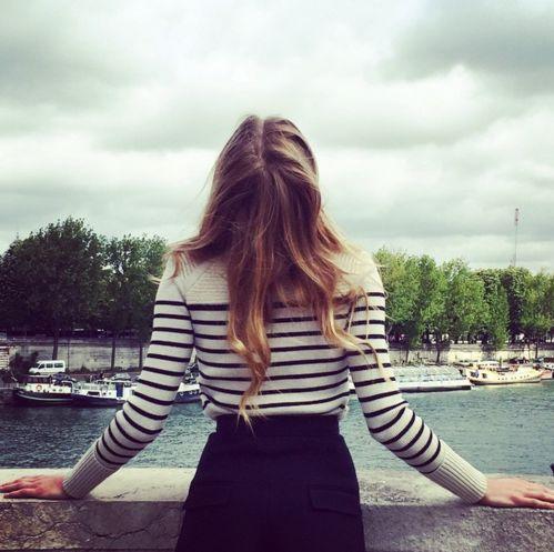 Constance Jablonski à Paris http://www.vogue.fr/mode/mannequins/diaporama/la-semaine-des-tops-sur-instagram-avril-2015/20231/carrousel#constance-jablonski-paris