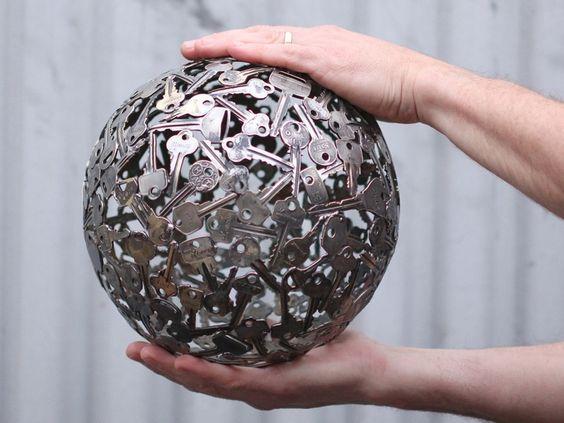 Esfera de Llaves Ornamento de Metal