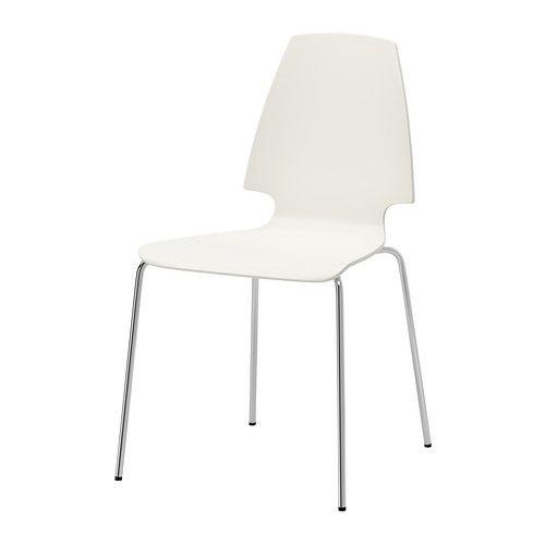 VILMAR Silla IKEA Asiento recubierto de melamina, una material que ofrece una superficie resistente y fácil de limpiar.