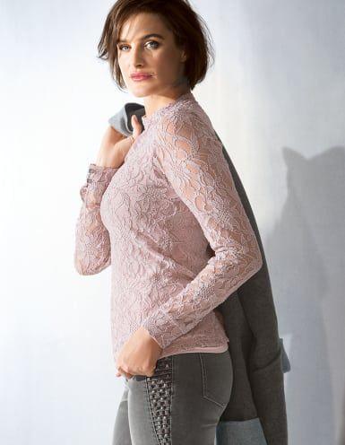 Delikate Spitze und zartes Rosé - ein Shirt mit  Hommage an Ihre Weiblichkeit.