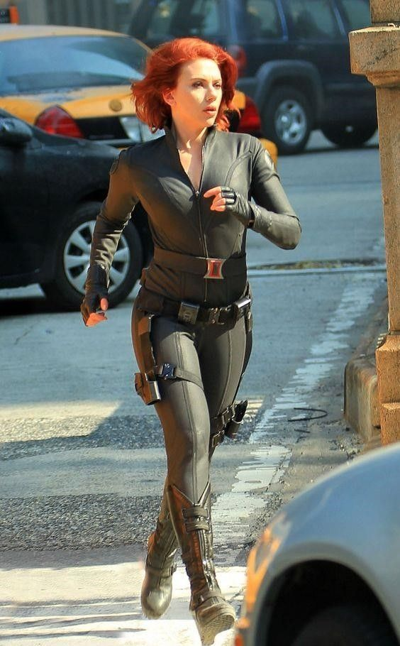 Pin De Jordan Hennekam En Actrices Y Cantantes Nwn Escarlata Johansson Scarlett Johansson Los Vengadores Viuda Negra