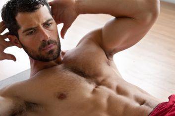 8 exercices pour des abdos de guerrier #fitness  http://www.plaisirssante.ca/ma-sante/sante-des-hommes/8-exercices-pour-des-abdos-de-guerrier