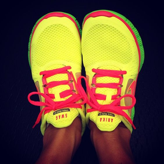 nike free run 2 pink yellow