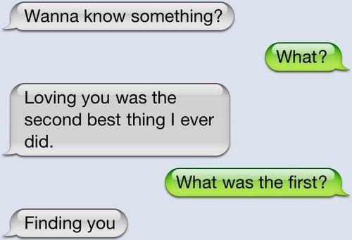 12 Adorable Love Texts Between Couples   YourTango