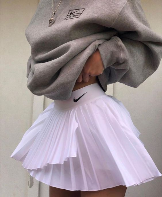 Tennis Skirt Outfits Fashion To Follow In 2020 Tennis Skirt Outfit Fashion Inspo Outfits Streetwear Fashion