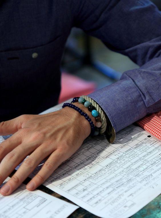 "Bracelets: mixing different styles"", /Pulseras: mezclando diferentes modelos"","
