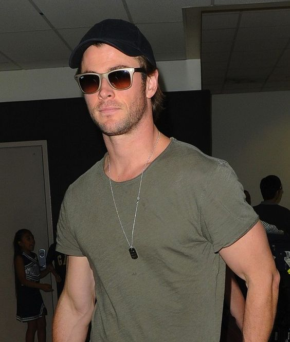 Chris Hemsworth Wearing Ray-Ban RB4195 LITEFORCE WAYFARER TECH Sunglasses http://eye-candy.co/collections/ray-ban-sunglasses/products/rb4195-liteforce-wayfarer-tech #ChrisHemsworth #RayBan #WAYFARER #Rush