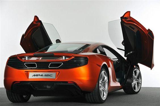 2011 McLaren MP4-12C Image