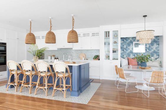 Kitchen - Beach Style - Kitchen - Gold Coast - Tweed - by Donna Guyler Design