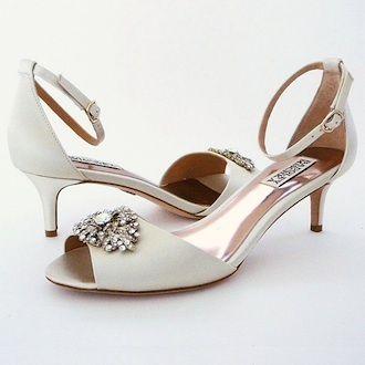 @Influenster @PerfectDetails Badgley Mischka Wedding Shoes. Glamorous low heel wedding shoe. Vintage ornament & ankle strap provide Deco Glam style on a kitten heel. #PerfectDetails #contest