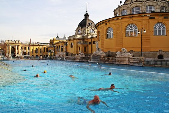 The Budapest Spa Pool is naturally heated all year around, so you can swim there with snow on the ground or baking sunshine. A fantastic set of buildings surround the swimming area and it is clearly one of the most stylish pools in Europe.
