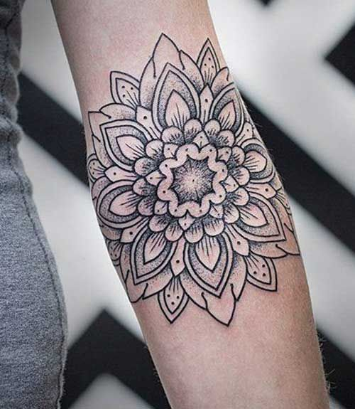 Geometric-Flower-Tattoo.jpg (500×575)