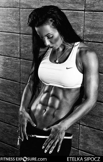 Fitness model Etelka Sipocz
