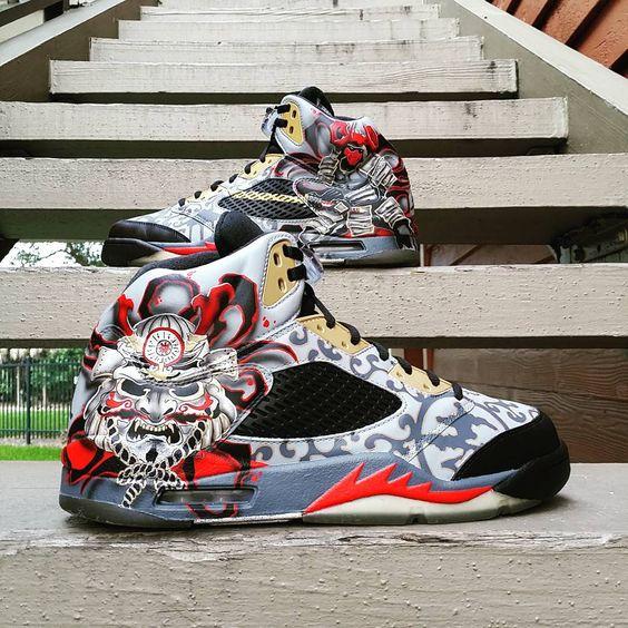 Shogun 5s #krispysoles #instasneaks #solewatch #sneakernews #soleysneakers #nicekicks #kicksonfire #dmvsneakerheads #coptorock #cop2rock #soleperfect #igsneakercommunity #lacedsociety #sneakouts #kickstagram #walklikeus #solecollector #solenation #houseofkoh #smiths_kickz #kickfeed #aceofcustoms #sneakershouts #supplied #angelusdirect #RealArtCollective #EastCoastAuthentic