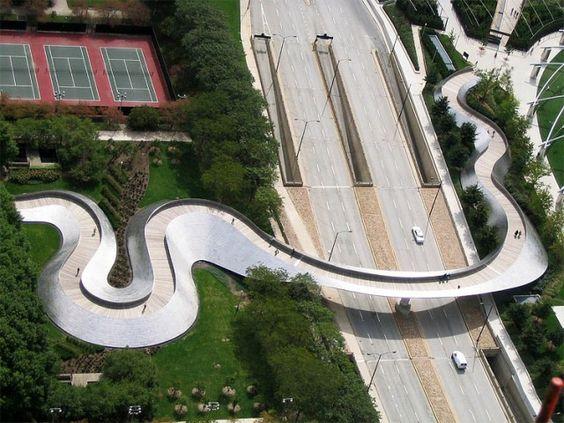 Bridge in Millennium Park - Frank Gehry