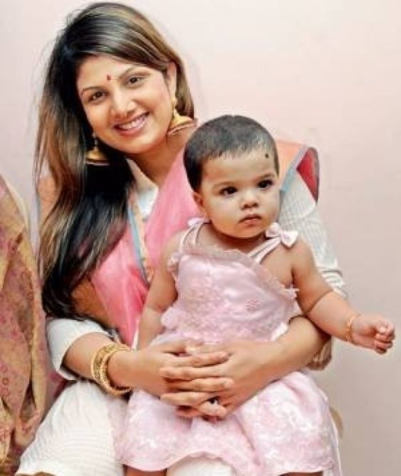 Actress Rambha with her daughter Lanya