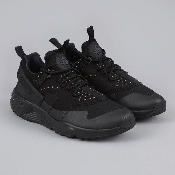 nike huarache zwart footlocker