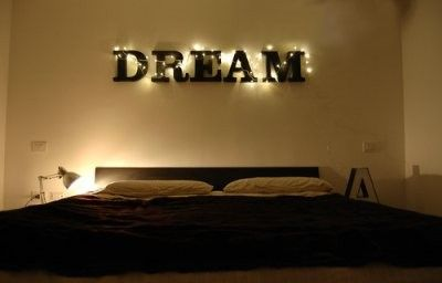 Awesome!! The Dream above her bed.