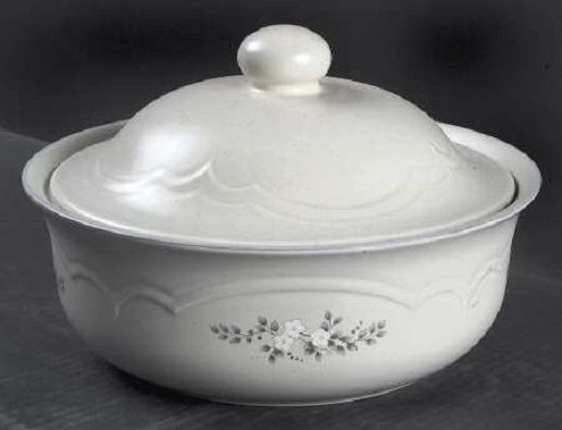 Pfaltzgraff Stoneware 2qt Covered Casserole Dish - Heirloom (Gray Verde) Pattern #Pfaltzgraff