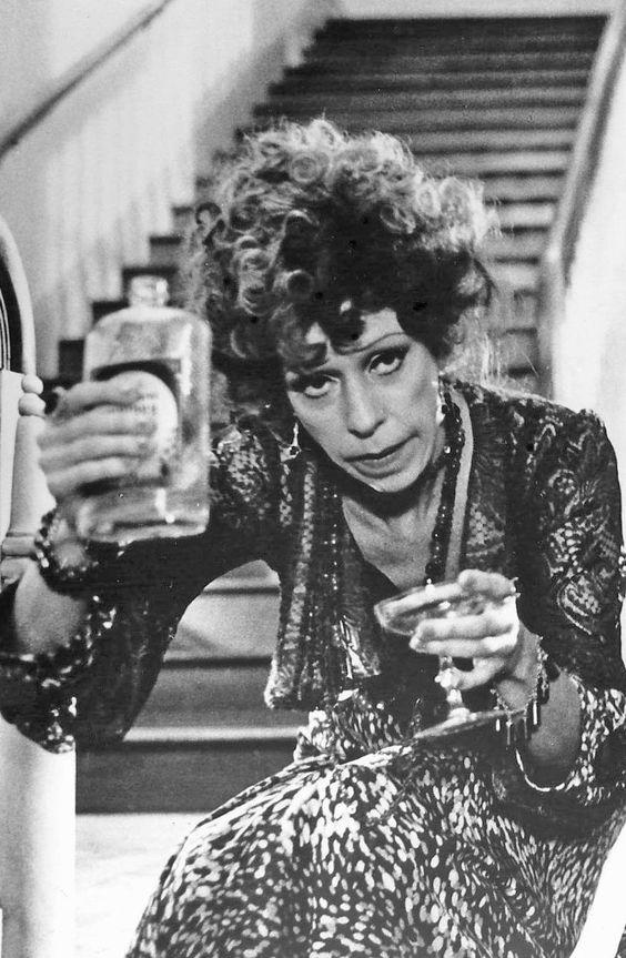 """Carol Burnett as Miss Agatha Hannigan - """"Annie"""", 1982. ° A great comedian."""