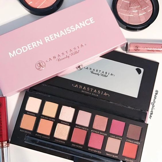 Modern Renaissance is one of the best products! ABH is one of my favorite makeup brands!