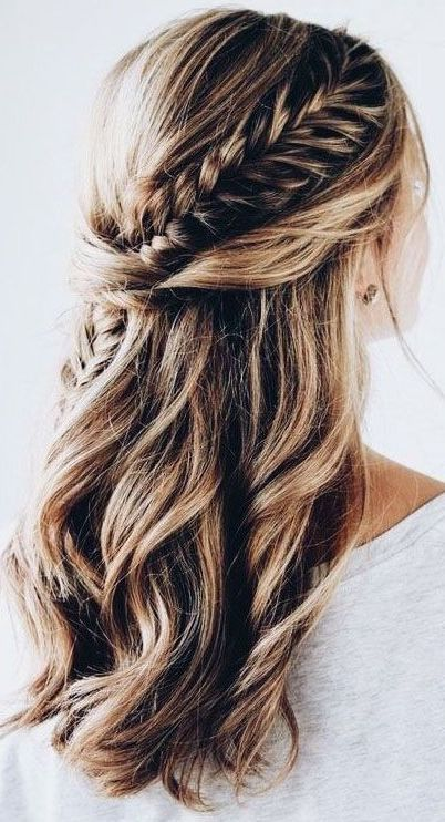 Spectacular Side Fishtail Braid Fishtail Braid Hairstyles Curly Hair Styles Hairstyle
