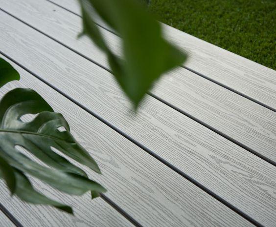 Lame de terrasse composite Gris Iroise 3 profils - La Parqueterie Nouvelle