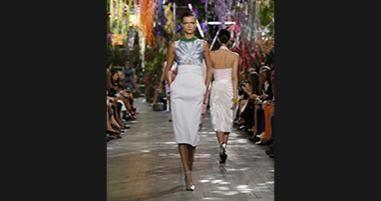 Dior Spring-Summer 2014 Ready-to-Wear. Discover more on www.dior.com . #Dior #PFW #RTW #SS14
