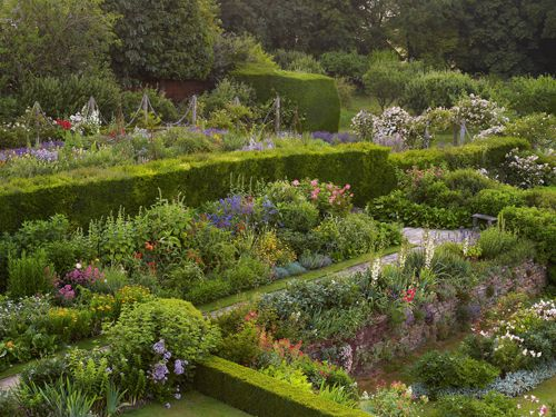 from gertrude jekyll & the country house garden