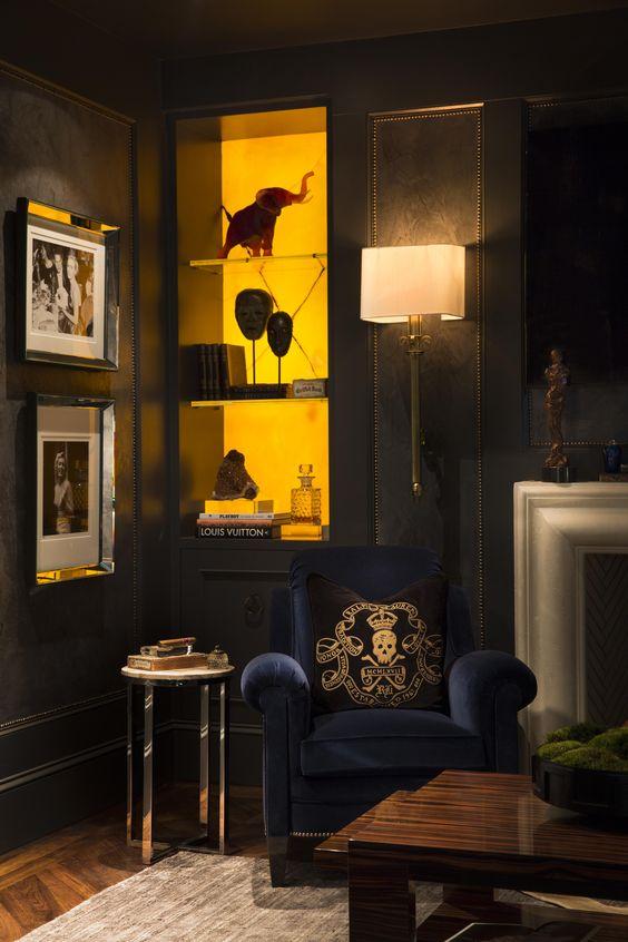 Smoking Room Design Ideas: Regal Leather Walls That Put Wallpaper To Shame