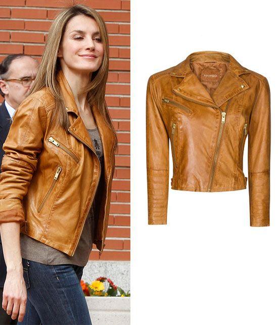 Letizia llevó esta chaqueta de cuero de Mango en su visita al rey en el hospital de La Milagrosa