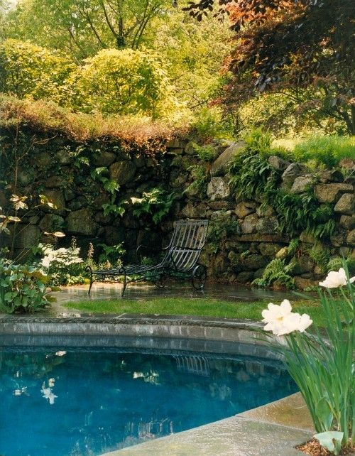 rock wall grande with perfect pool