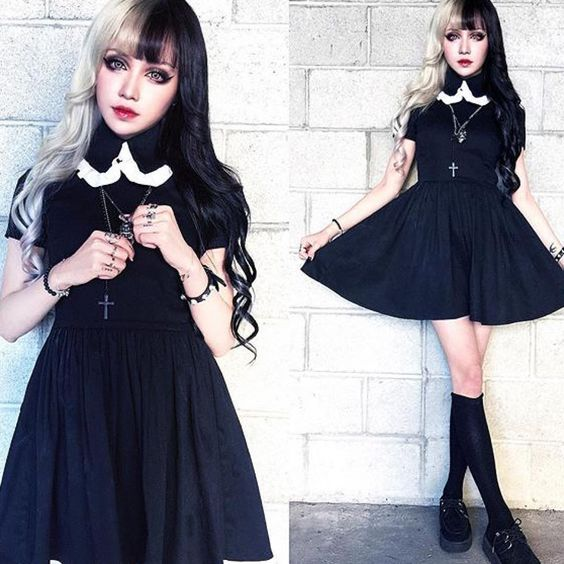@kinashen is absolutely adorable in our black w/ white trim collar Roselle dress ♥️♥️ #deandri