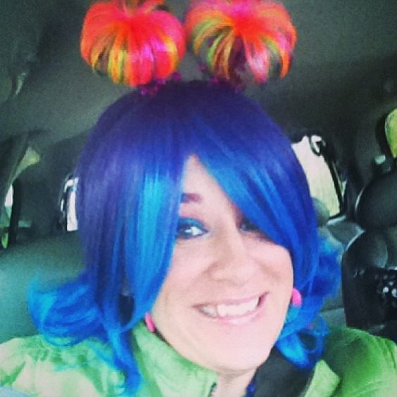 28 minutes till we start the countdown... check out Rachel's new KidzTurn hair!