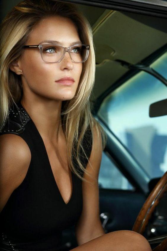 lunettes de vue pour blondes filles